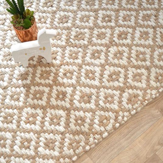 tapis losanges 100 jute 120 x 170 cm tapis naturel. Black Bedroom Furniture Sets. Home Design Ideas