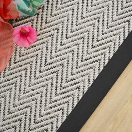 tapis tiss plat java blanc ganse coton noir. Black Bedroom Furniture Sets. Home Design Ideas